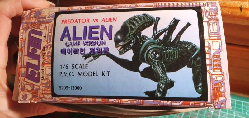 Alien aus dem Game Alien vs Predator von 2010, 1:6 Elfin Models 20210160