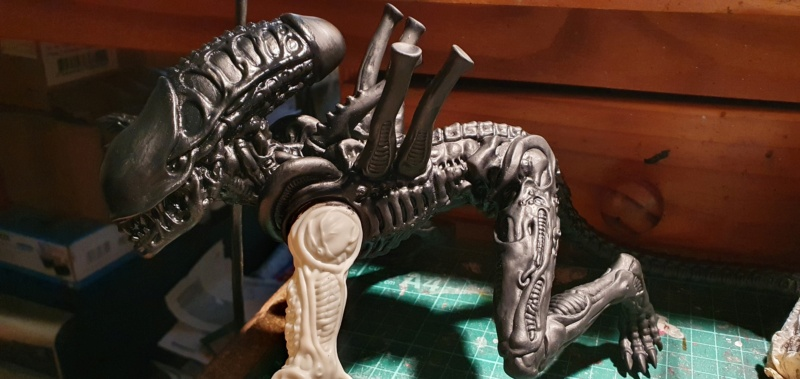 Alien aus dem Game Alien vs Predator von 2010, 1:6 Elfin Models 20210375