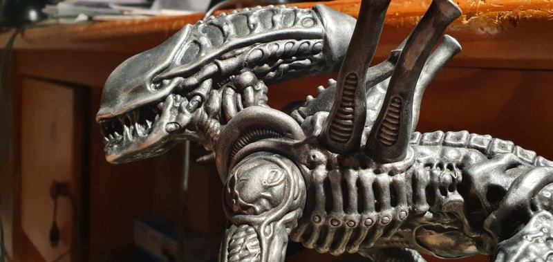 Alien aus dem Game Alien vs Predator von 2010, 1:6 Elfin Models 20210393