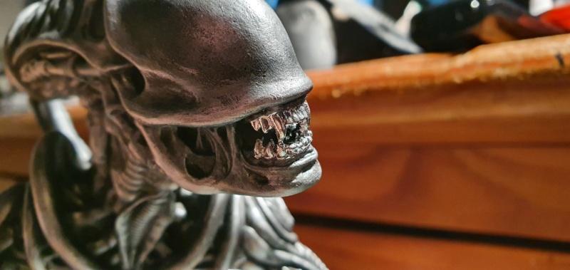 Alien aus dem Game Alien vs Predator von 2010, 1:6 Elfin Models 20210403
