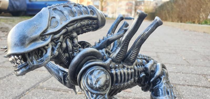 Alien aus dem Game Alien vs Predator von 2010, 1:6 Elfin Models 20210416