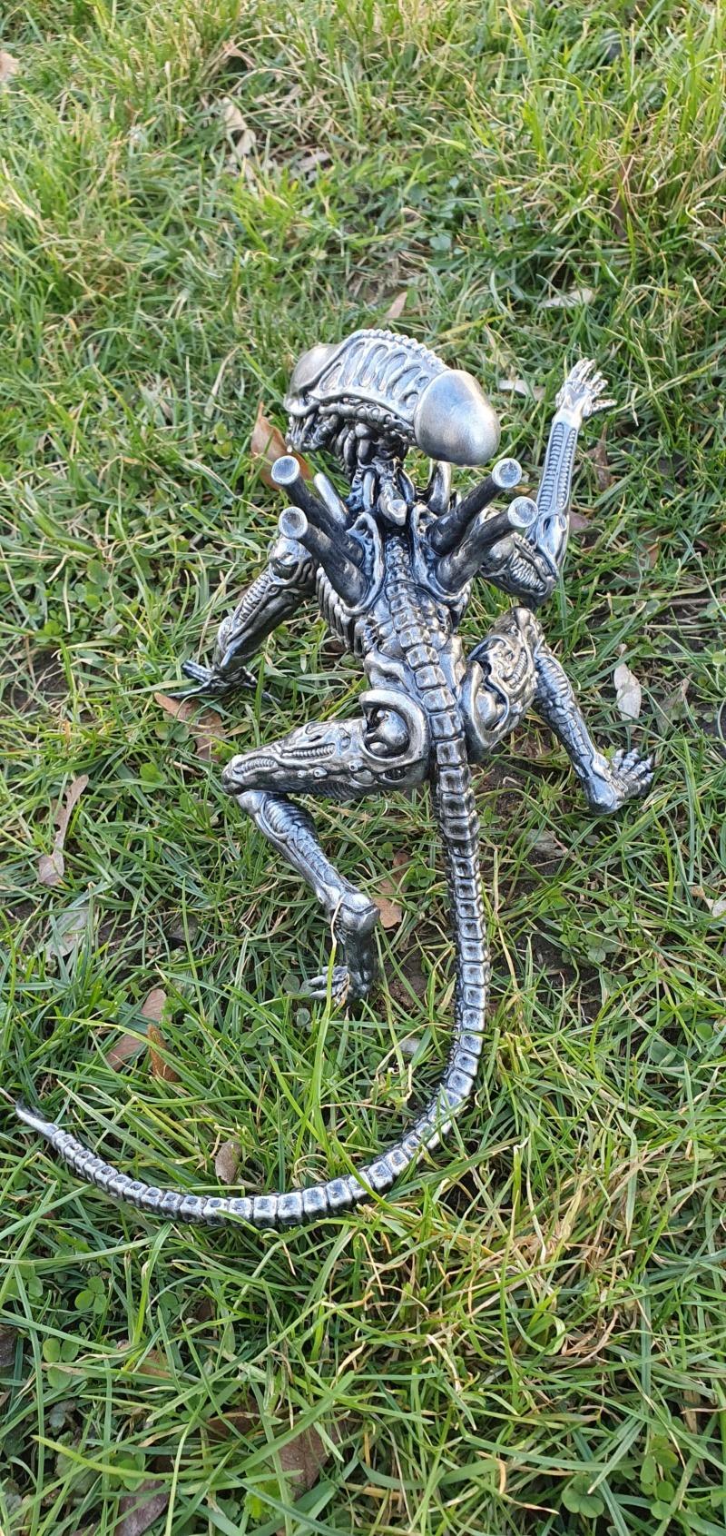 Alien aus dem Game Alien vs Predator von 2010, 1:6 Elfin Models 20210425