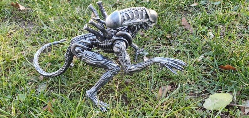 Alien aus dem Game Alien vs Predator von 2010, 1:6 Elfin Models 20210426