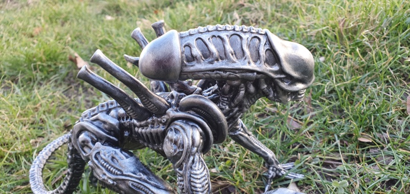 Alien aus dem Game Alien vs Predator von 2010, 1:6 Elfin Models 20210428