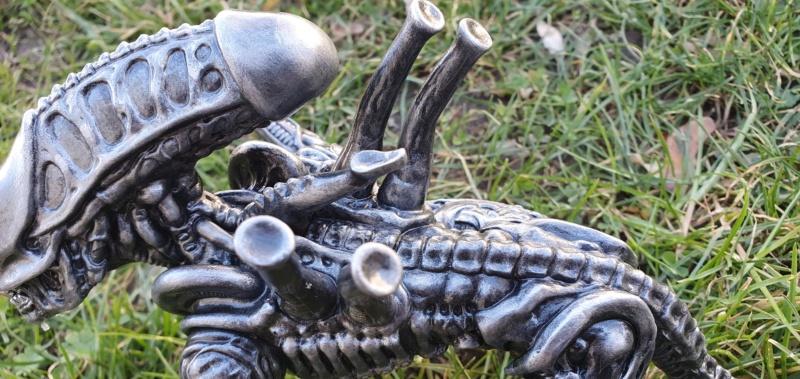 Alien aus dem Game Alien vs Predator von 2010, 1:6 Elfin Models 20210437