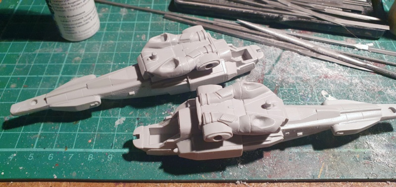 """Zwei AT-99 """"Skorpion"""" Gunships aus Avatar, 1:72 von Fantastic Plastic 20210502"""
