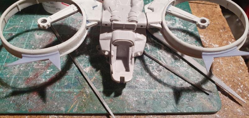 """Zwei AT-99 """"Skorpion"""" Gunships aus Avatar, 1:72 von Fantastic Plastic 20210531"""