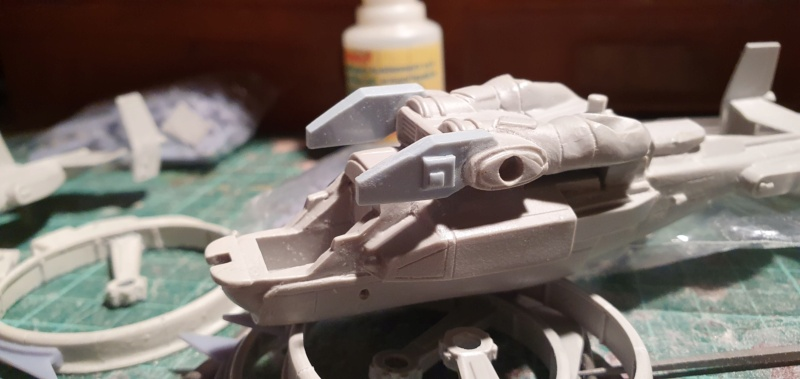 """Zwei AT-99 """"Skorpion"""" Gunships aus Avatar, 1:72 von Fantastic Plastic 20210552"""