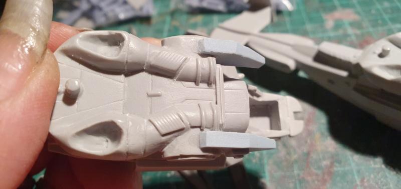 """Zwei AT-99 """"Skorpion"""" Gunships aus Avatar, 1:72 von Fantastic Plastic 20210554"""