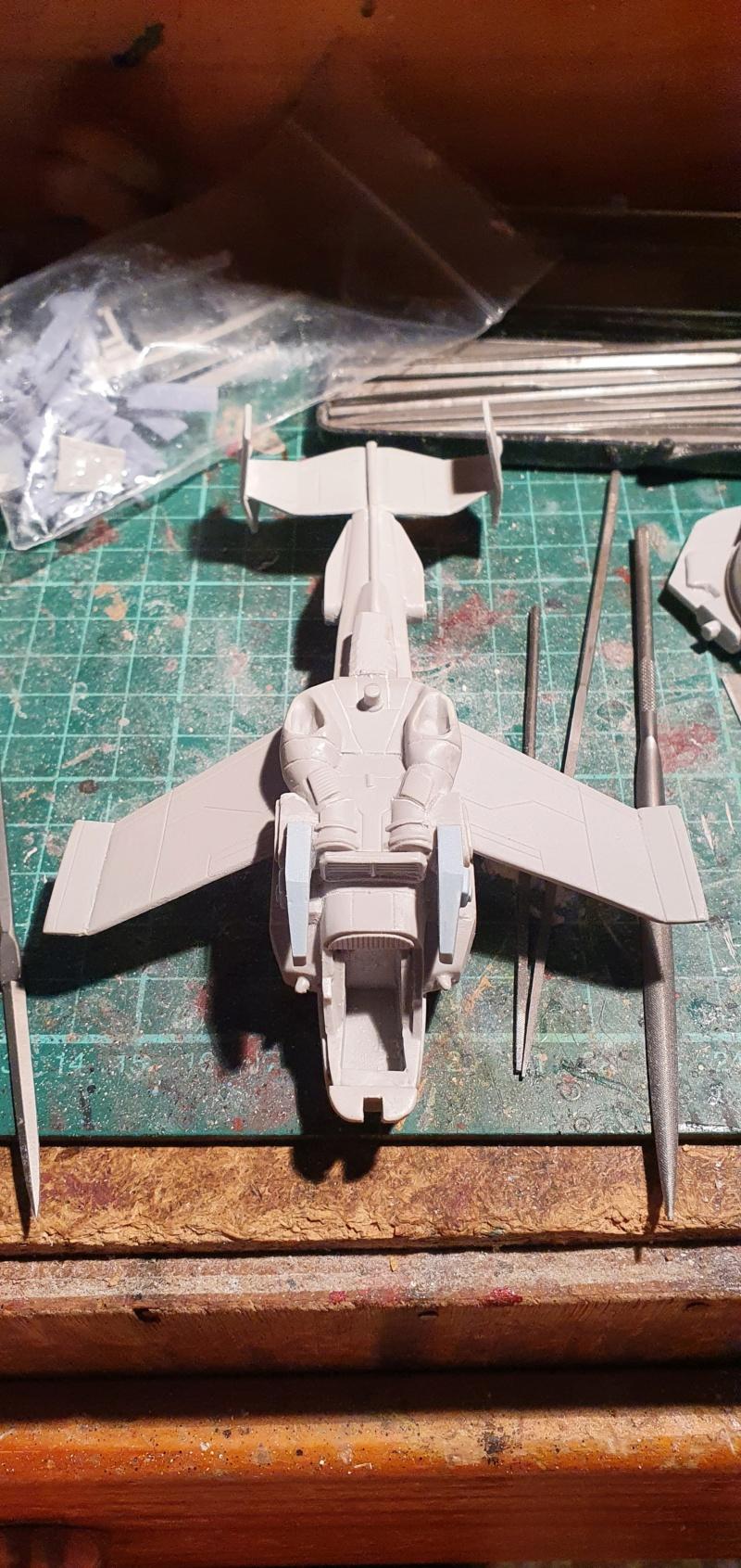 """Zwei AT-99 """"Skorpion"""" Gunships aus Avatar, 1:72 von Fantastic Plastic 20210557"""