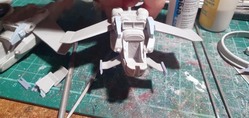 """Zwei AT-99 """"Skorpion"""" Gunships aus Avatar, 1:72 von Fantastic Plastic 20210564"""
