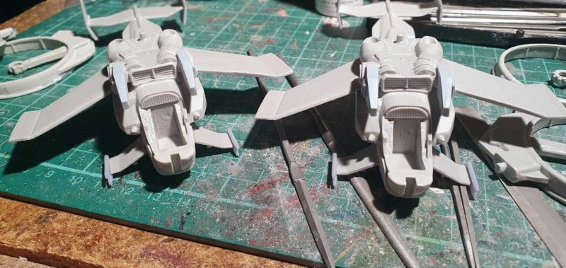 """Zwei AT-99 """"Skorpion"""" Gunships aus Avatar, 1:72 von Fantastic Plastic 20210565"""