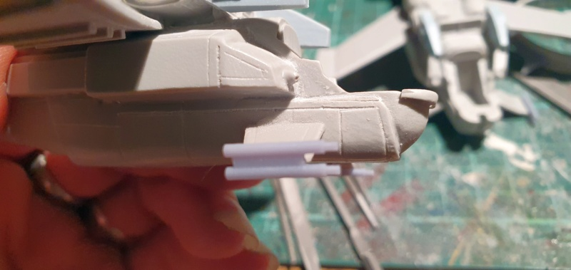 """Zwei AT-99 """"Skorpion"""" Gunships aus Avatar, 1:72 von Fantastic Plastic 20210566"""