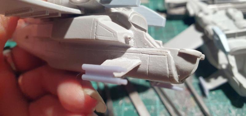 """Zwei AT-99 """"Skorpion"""" Gunships aus Avatar, 1:72 von Fantastic Plastic 20210567"""