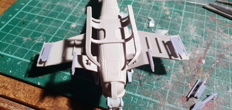 """Zwei AT-99 """"Skorpion"""" Gunships aus Avatar, 1:72 von Fantastic Plastic 20210597"""