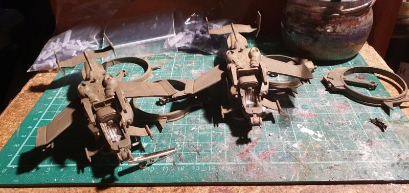 """Zwei AT-99 """"Skorpion"""" Gunships aus Avatar, 1:72 von Fantastic Plastic 20210609"""