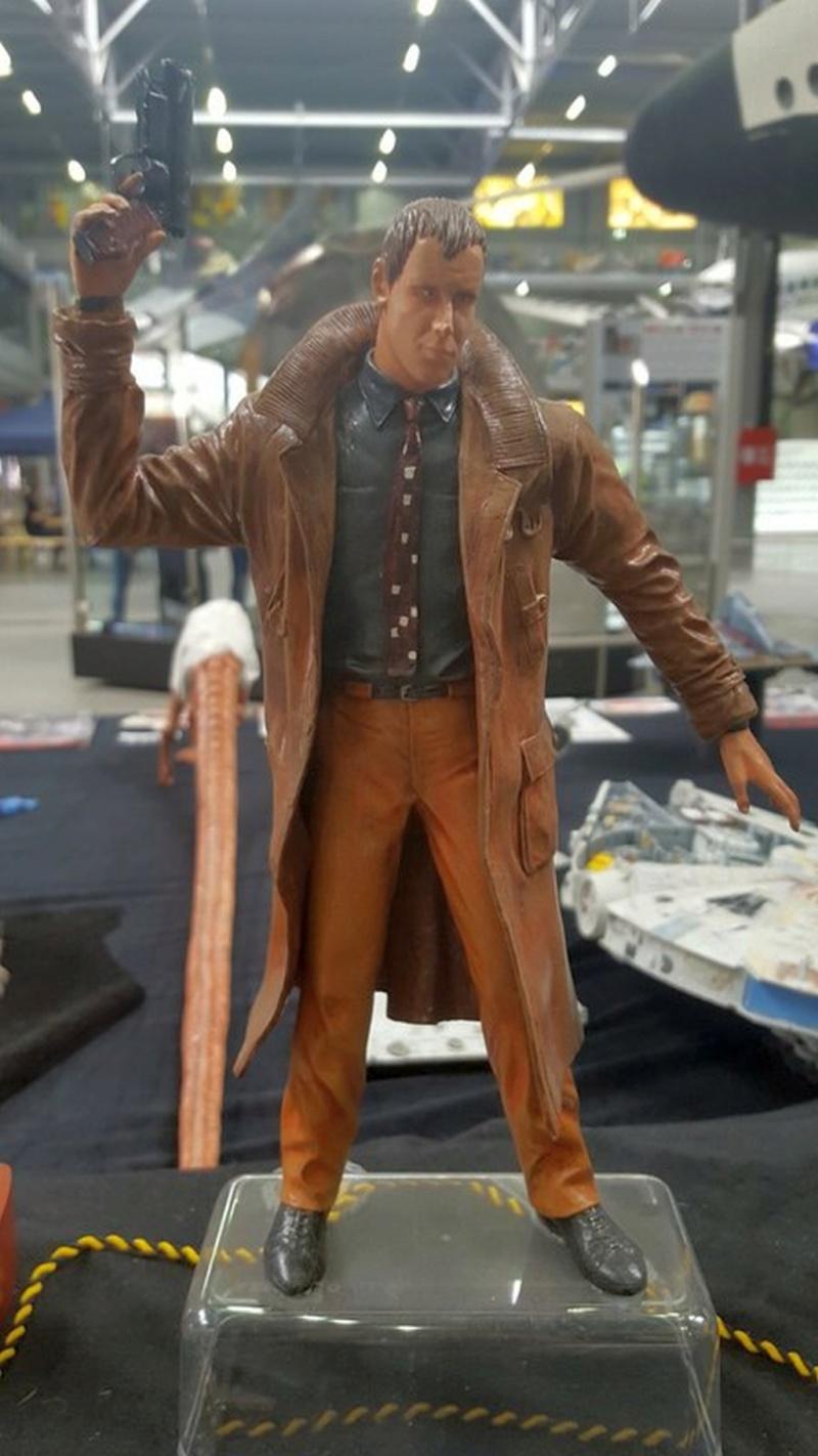 Rick Deckard aus Bladerunner 1:6 von Fantastique Hobbymodel - Seite 3 Comp_234