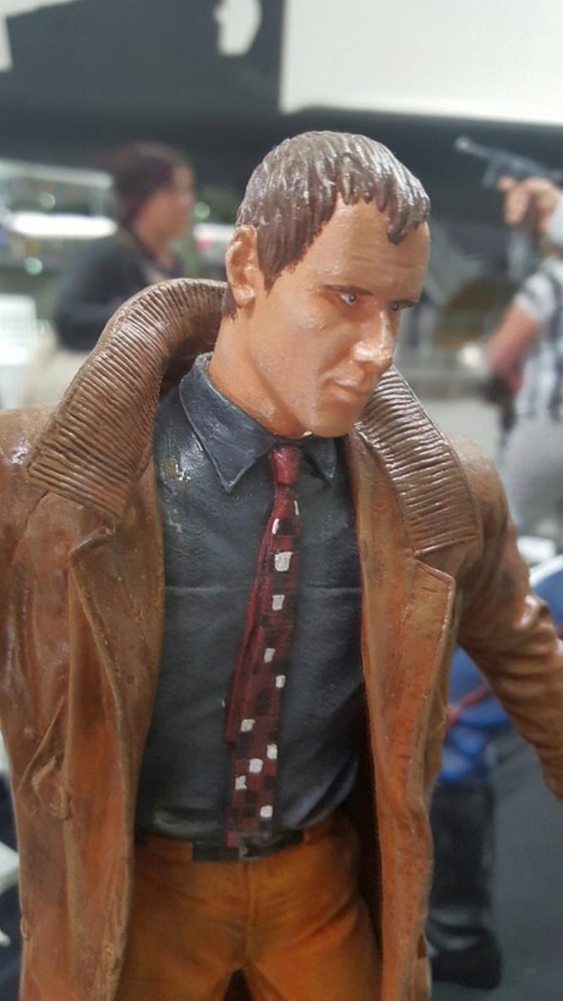 Rick Deckard aus Bladerunner 1:6 von Fantastique Hobbymodel - Seite 3 Comp_236