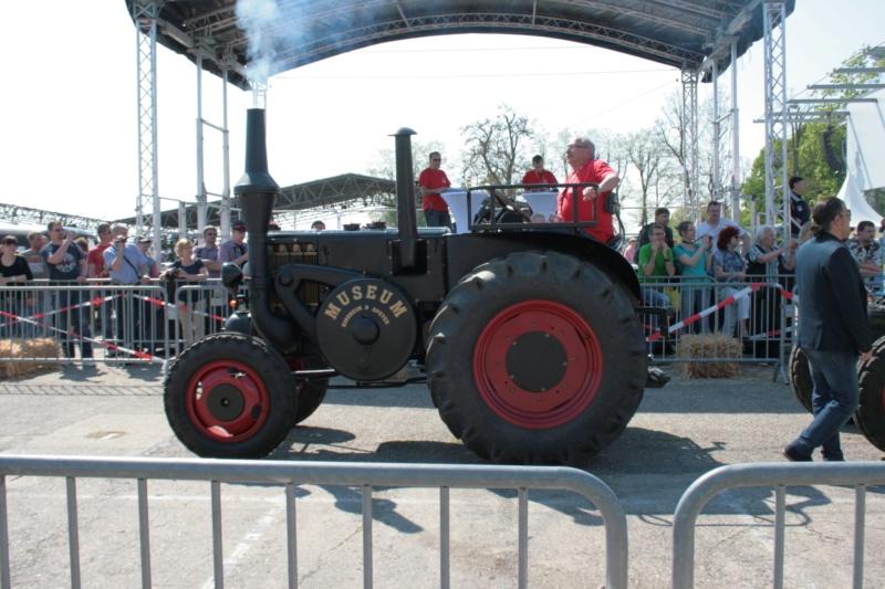 German Tractor D8506 in 1:35 von MiniArt Img_3111