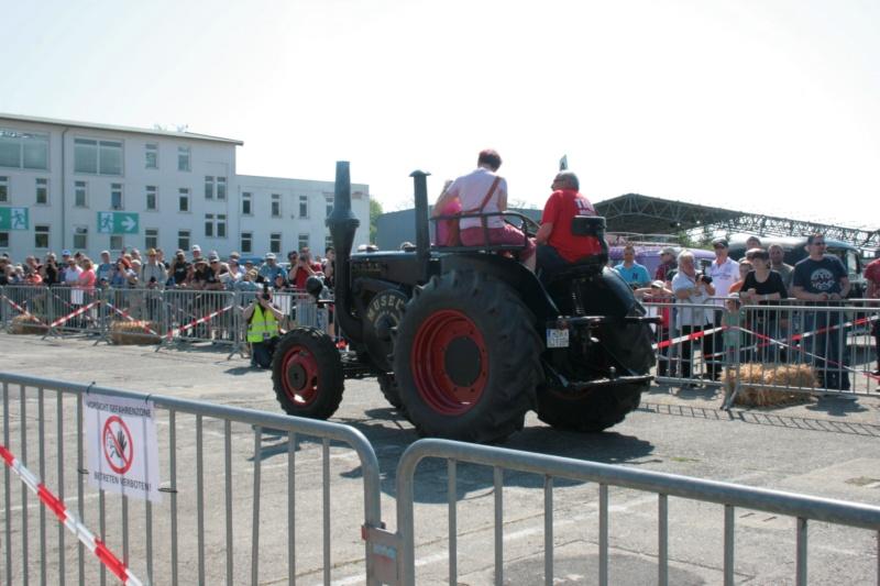 German Tractor D8506 in 1:35 von MiniArt Img_3114
