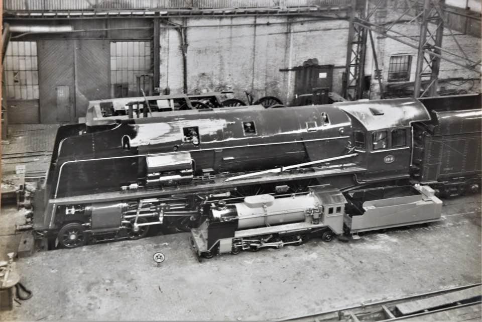 Construction d'un kit DJH de locomotive SNCB type 1.002 - Page 3 Hlv_1_25