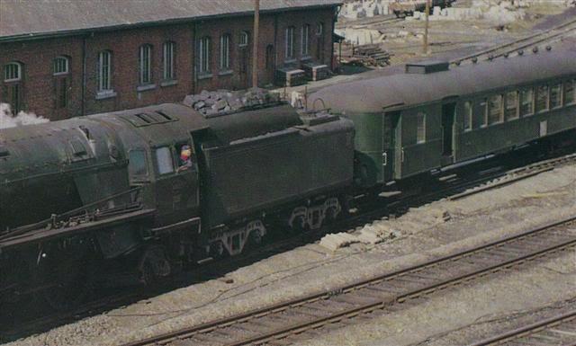 Construction d'un kit DJH de locomotive SNCB type 1.002 - Page 3 Hlv_1_36