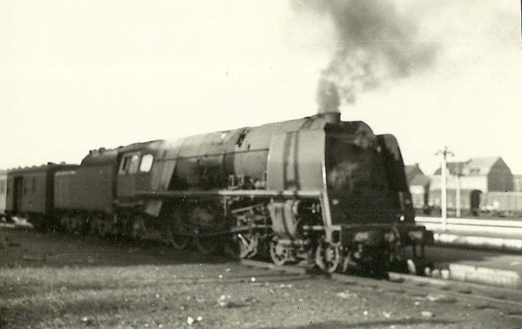 Construction d'un kit DJH de locomotive SNCB type 1.002 - Page 3 Hlv_1_37