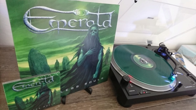 "EMERALD ""Restless Souls"" (Heavy Metal Suisse - MAI 2019) Emeral11"