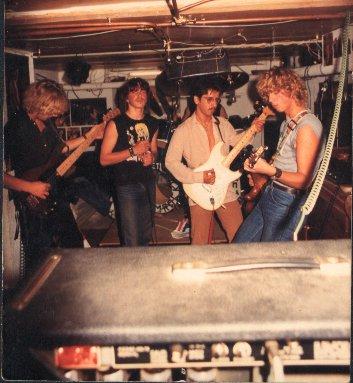 STEAMROCK  (1982/1984 ) Steamr11