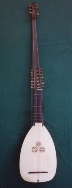 Pagine del melodramma e di musica antica - Pagina 2 Tiorba10