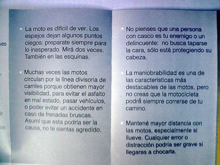 """""""Compartamos las Calles"""" Folleto de la CABA Basura17"""