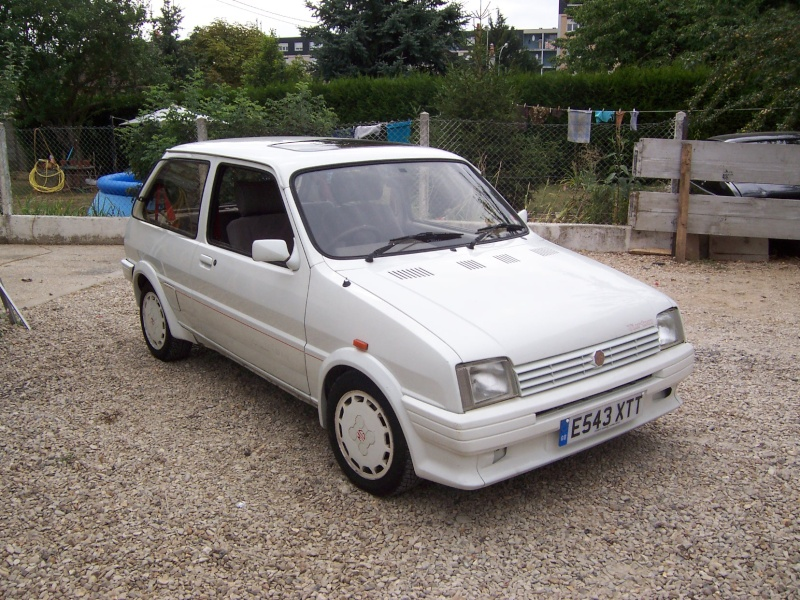 "Bip-bip : Metro turbo mk2 ""all white"" RHD Metro_16"