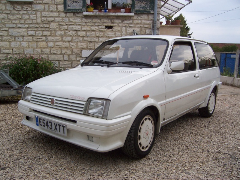 "Bip-bip : Metro turbo mk2 ""all white"" RHD Metro_17"
