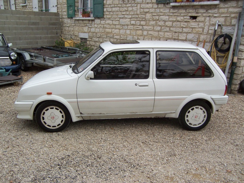 "Bip-bip : Metro turbo mk2 ""all white"" RHD Metro_18"