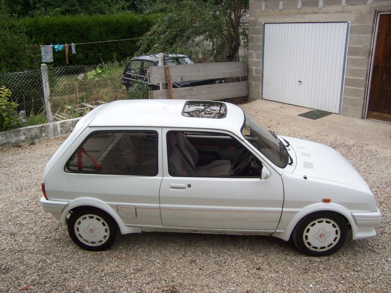 "Bip-bip : Metro turbo mk2 ""all white"" RHD Metro_21"