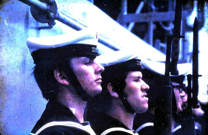 VISITE  de Sa Majesté le roi Baudouin à bord du ZINNIA ,1972 9-28-217