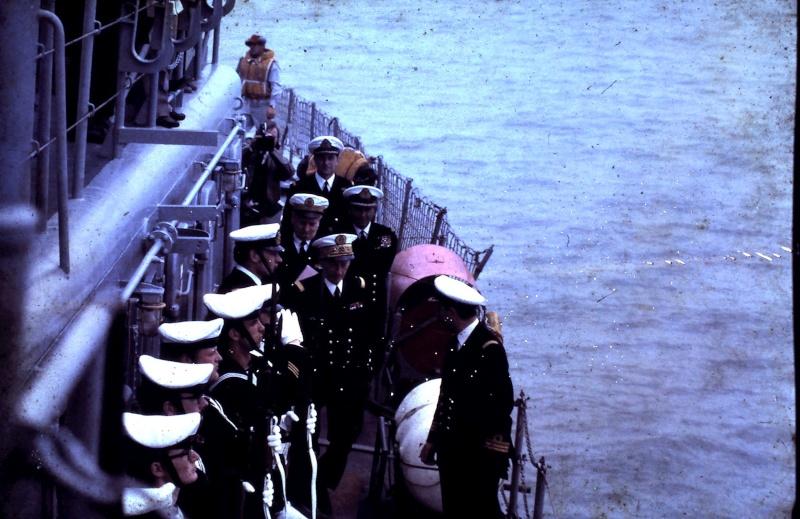 VISITE  de Sa Majesté le roi Baudouin à bord du ZINNIA ,1972 9-28-222