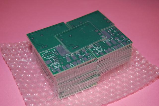 electronique - ETZ  : fabrication d'un régulateur 12V  électronique spécifique Dsc_0210