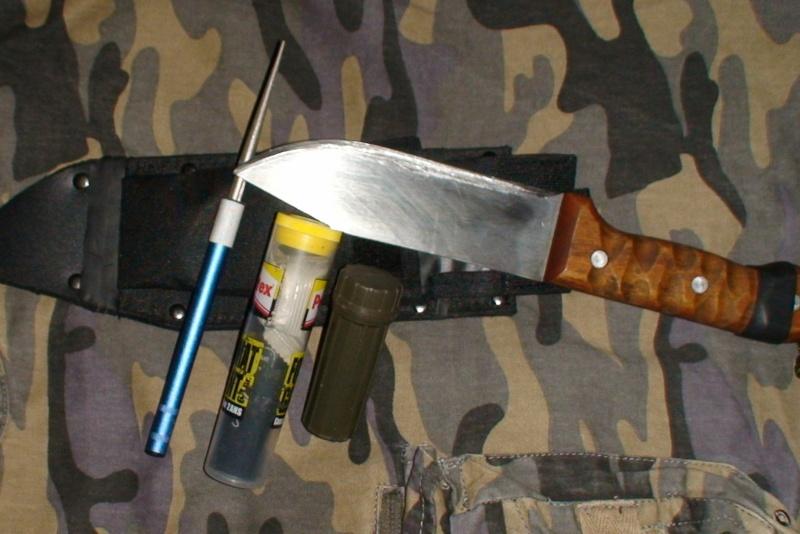 votre poignard, couteau ? - Page 5 Dsc03963
