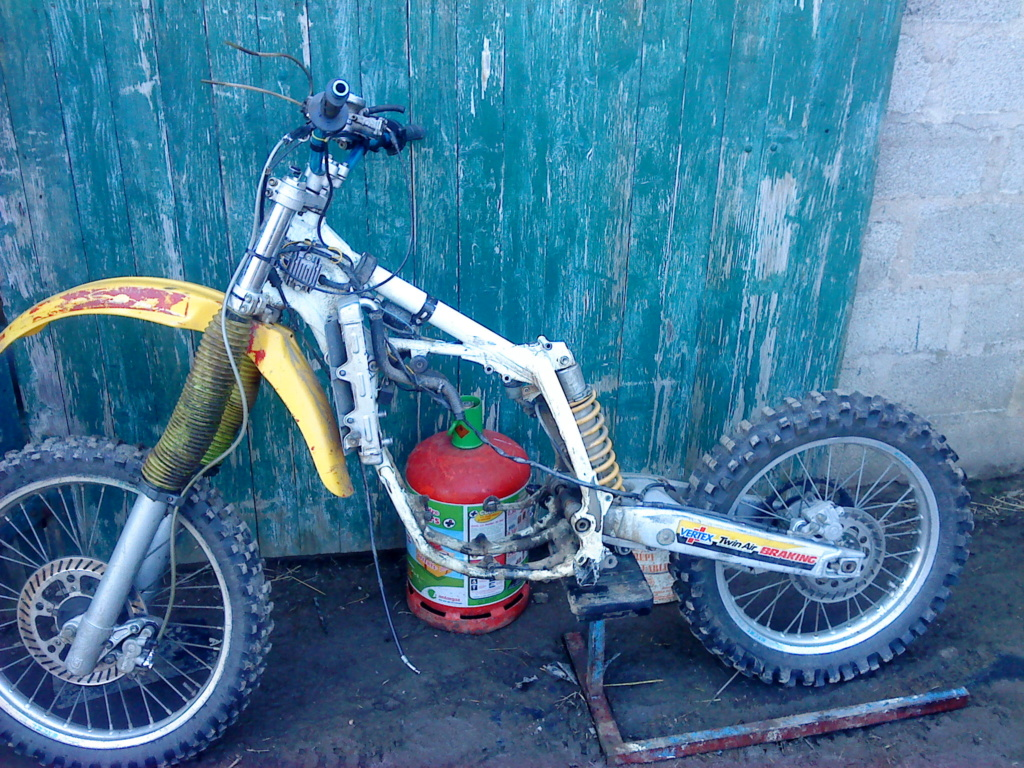 Check-up de mon 300 Gasgas  Dsc00110