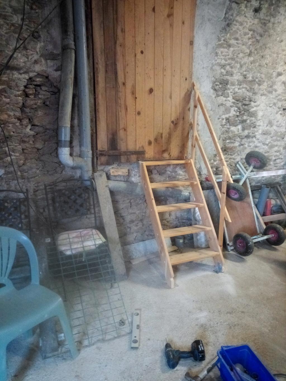 [A VENDRE] Petit escalier  Img_2105
