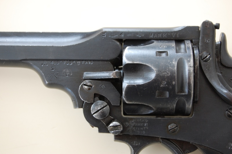 Revolver Webley MK VI Dsc_0011