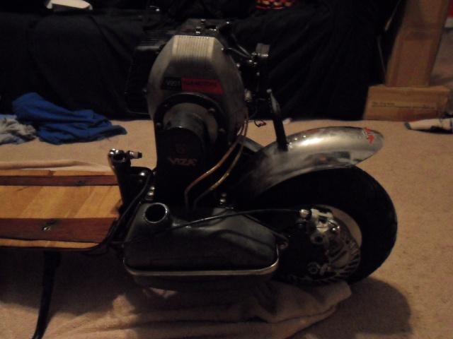 sunken motor scooter:) Sam_0311