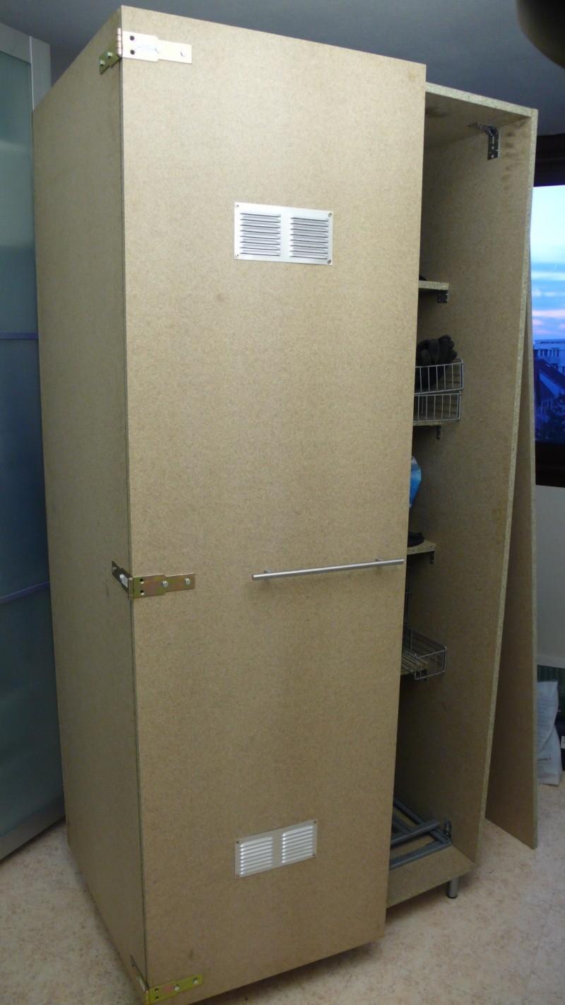 Fabrication d'une armoire de sellerie L1260927