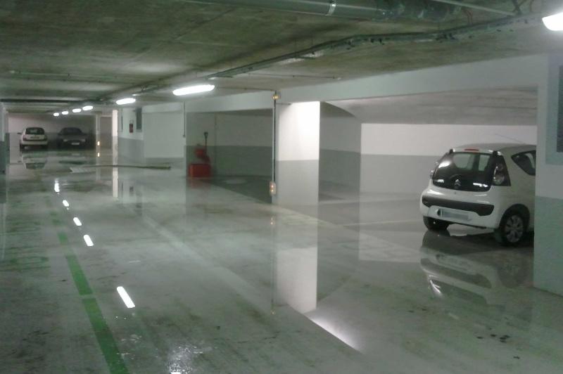 eau dans les parkings Ss4pis12