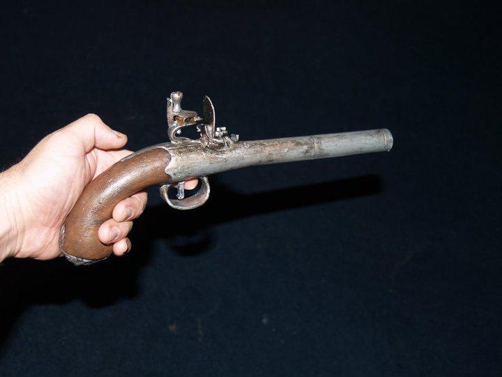 Second  pistol..OST  24962510