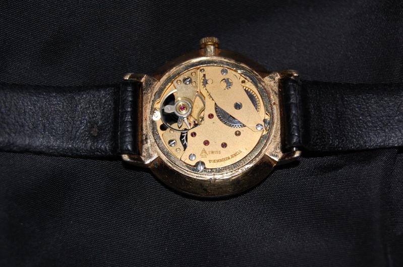 Jaeger - [Le topic des demandes d'identification et Renseignements de montres Part1 ] - Page 35 Dsc_0110