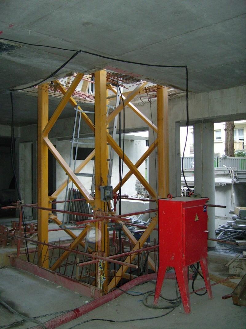 armoir electrique de grue a tour par element Imgp2310