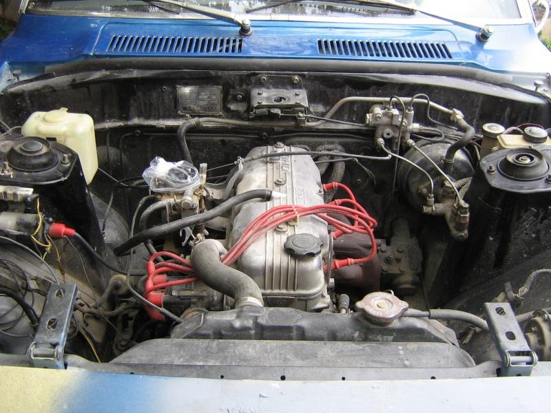 [MAZDA 818] Projet de rénovation Mazda 818 Img_1911