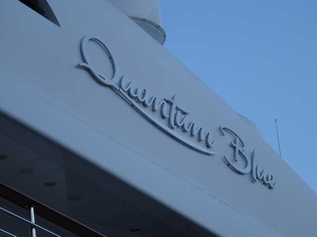 """Yacht """"Quantum Blue"""" à Nice  01c10"""